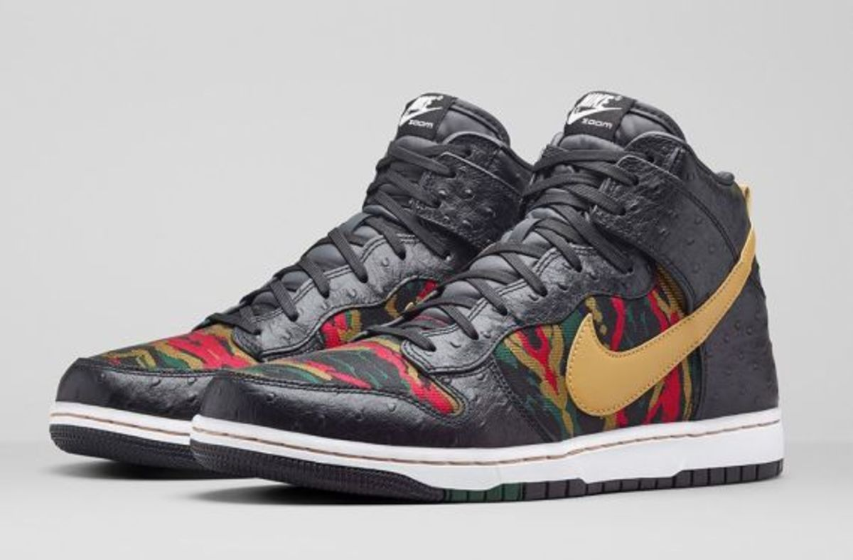 nike-dunk-high-cmft-prm-black-flat-gold-release-info-06