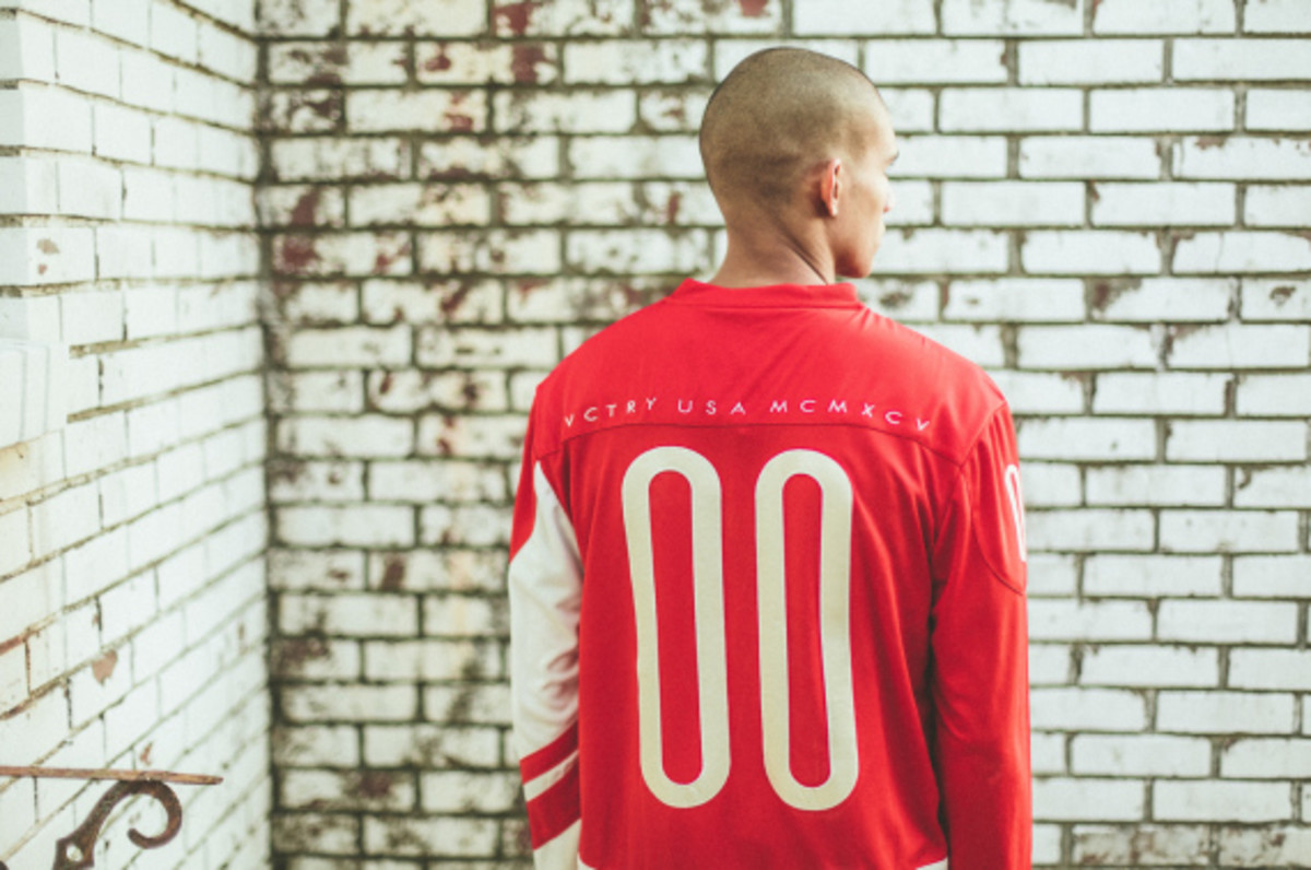 10deep-holiday-2014-vctry-lookbook-09