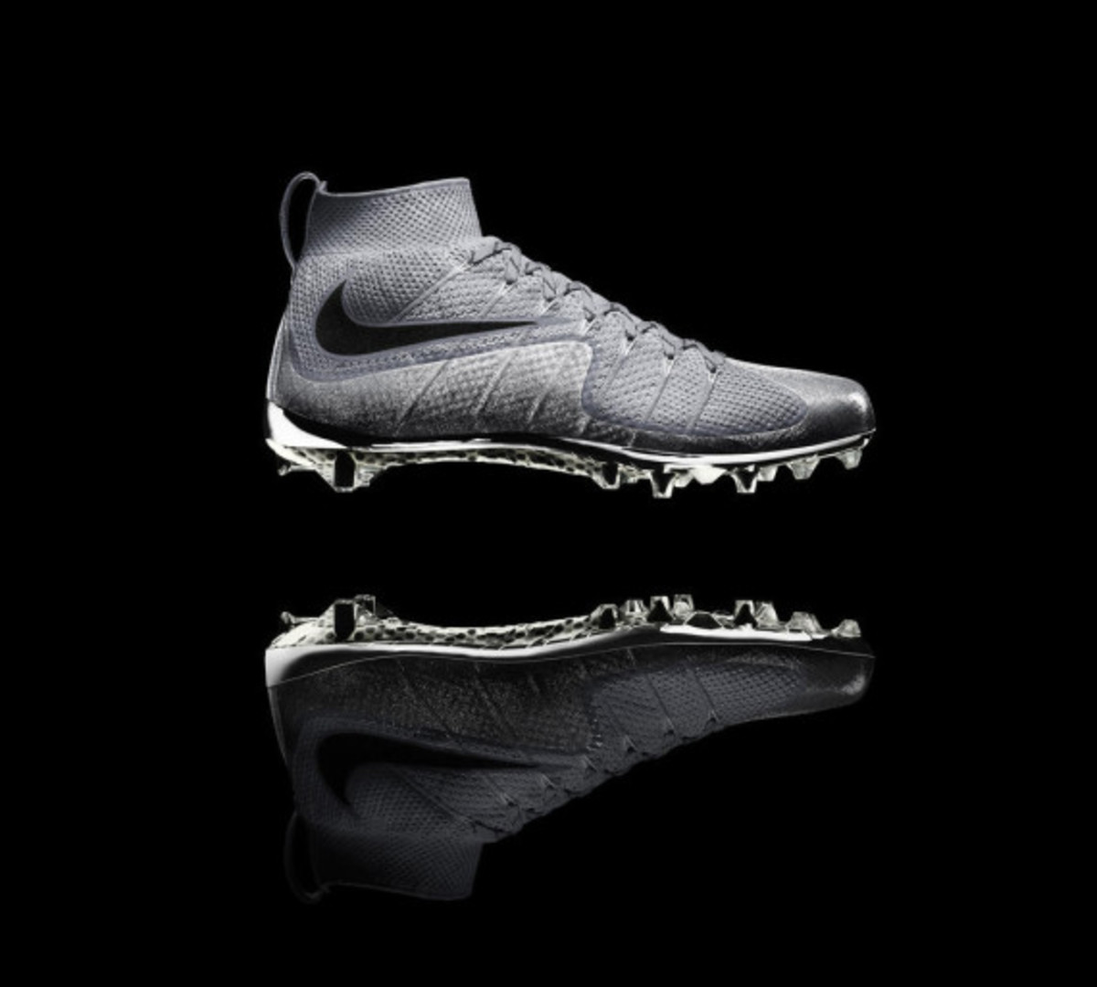 nike-vapor-untouchable-cleat-02