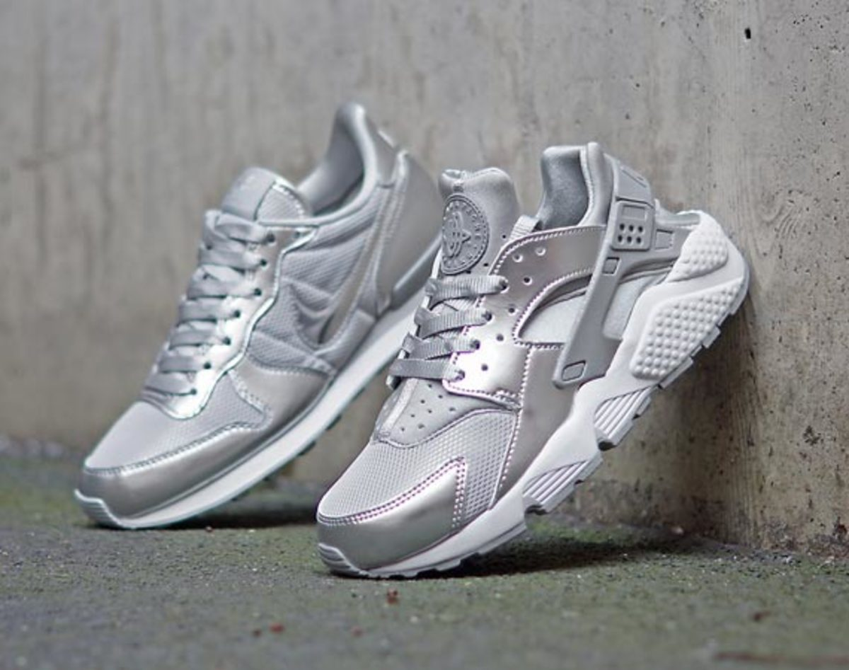 nike-wmns-silver-pack-00