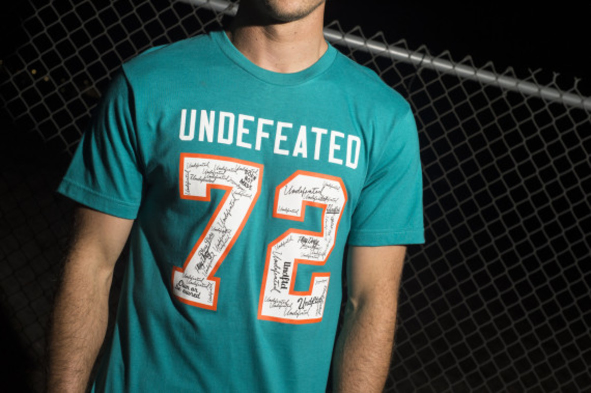 undefeated-holiday-2014-collection-lookbook-11