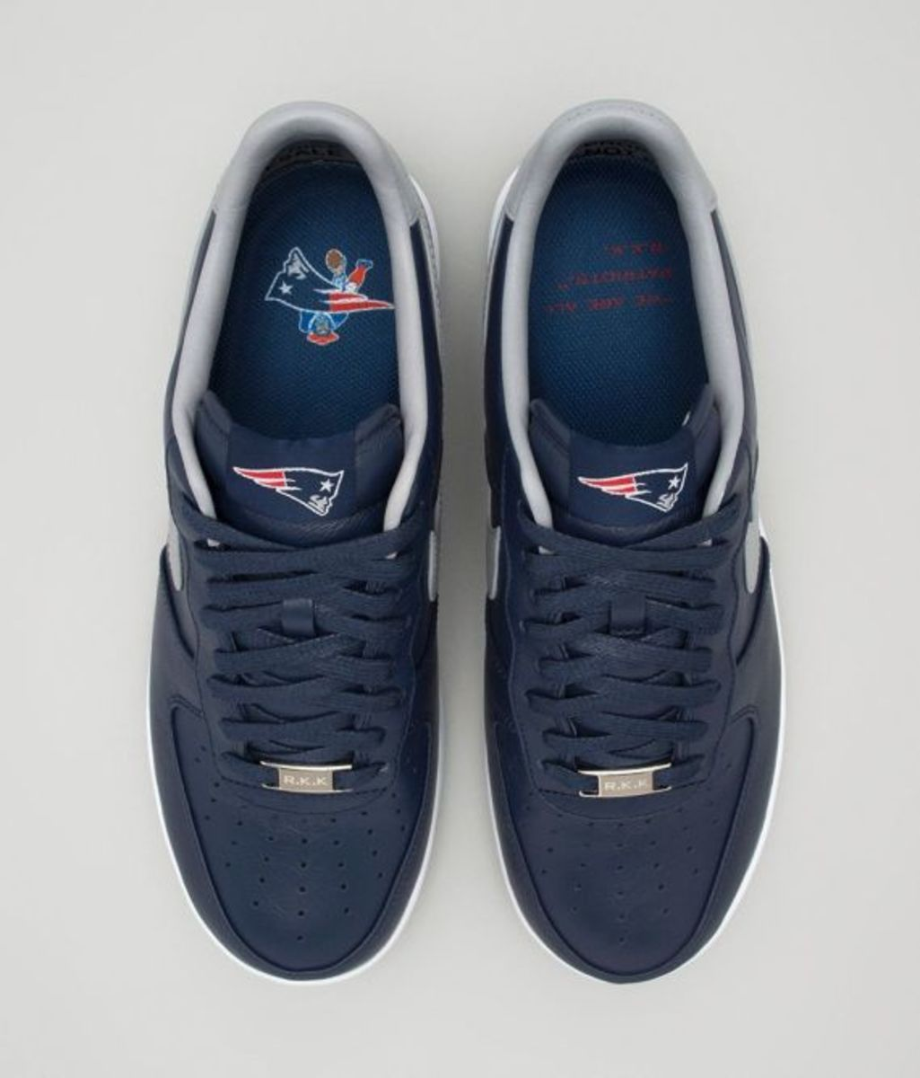 new-england-patriots-lunar-force-one-02