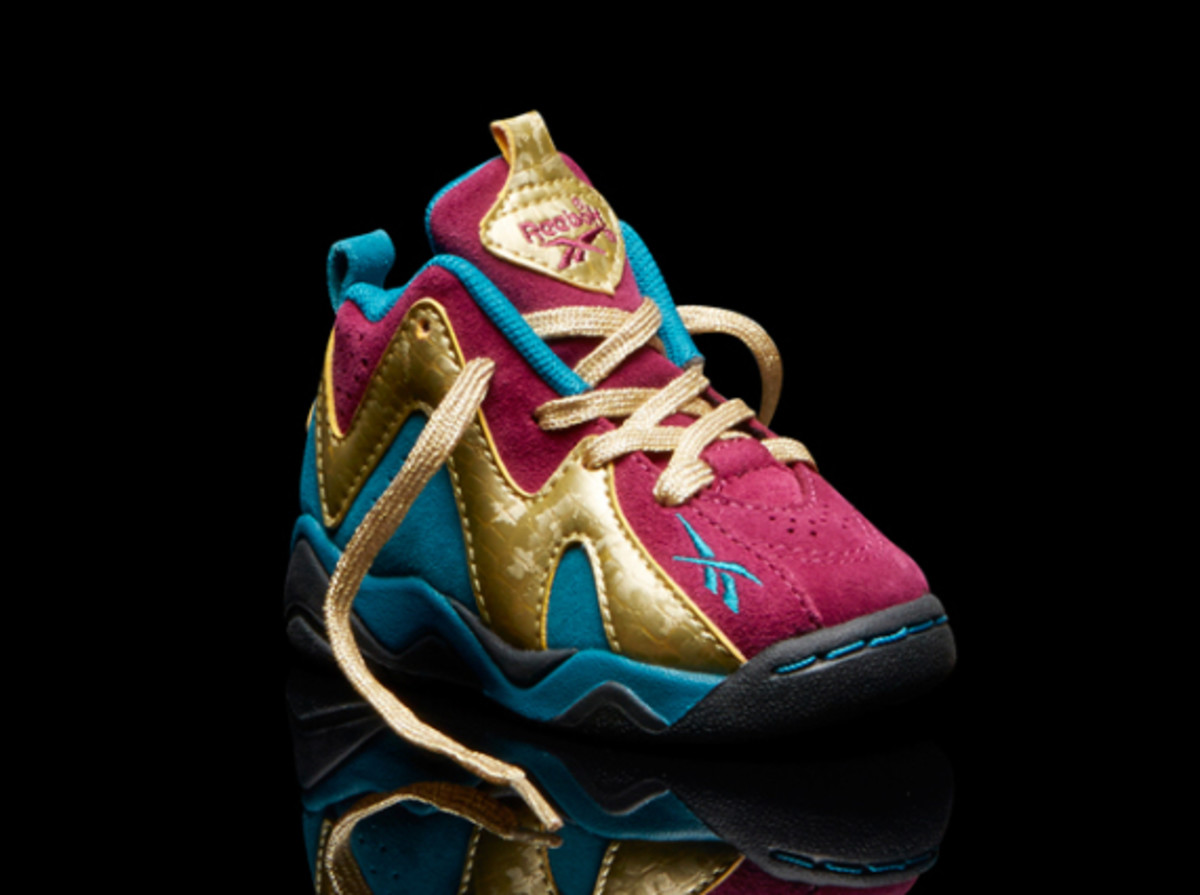 reebok-kamikaze-ii-kids-holiday-lights-06