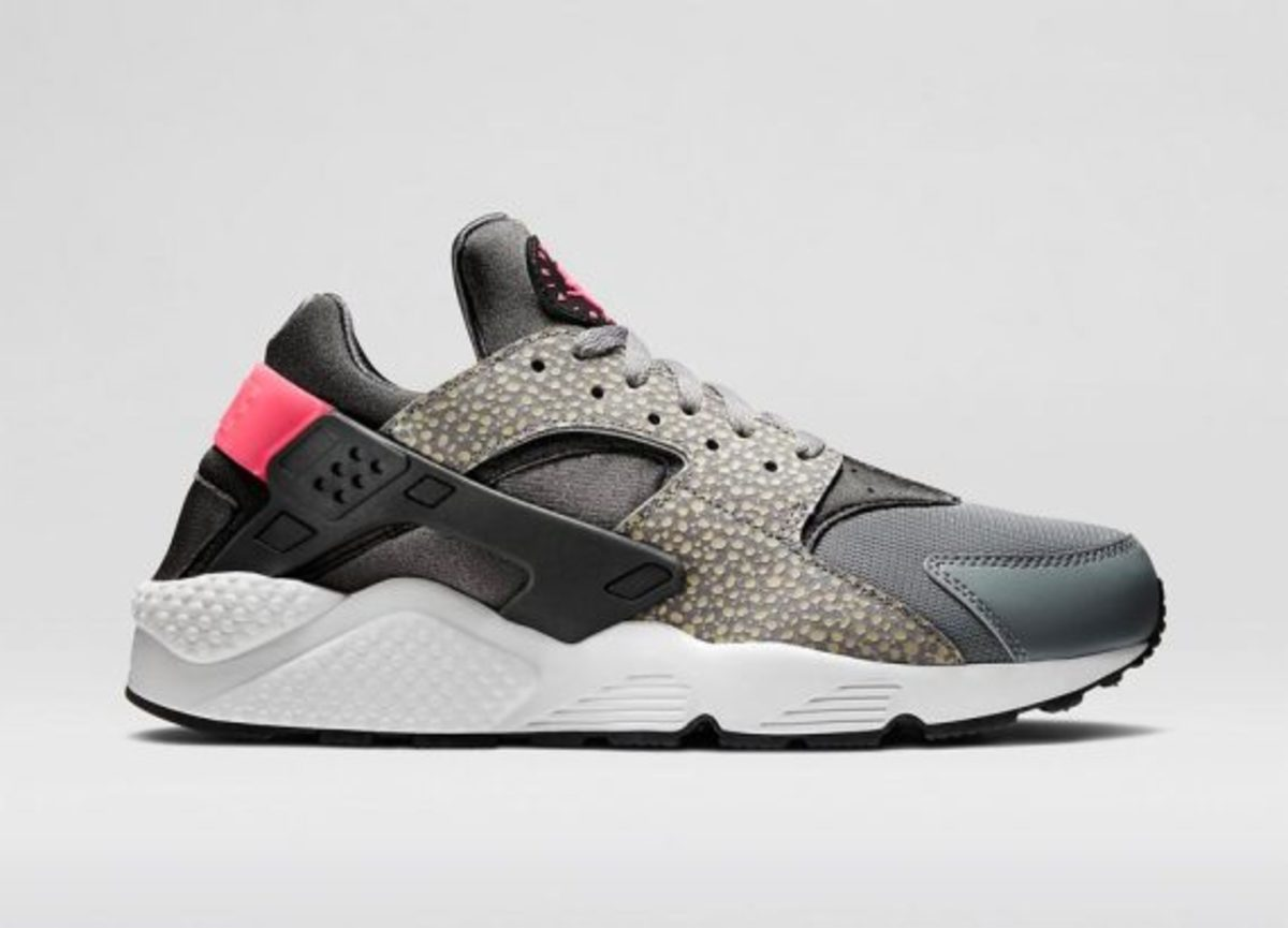 12-days-freshness-nike-air-huarache-04