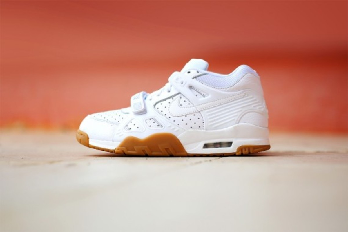 nike-air-trainer-3-gum-pack-04