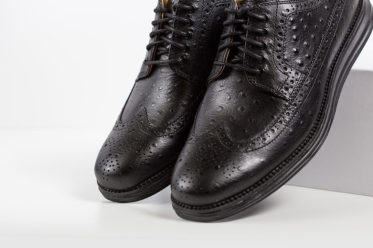 cole-haan-lunargrand-long-wingtip-ostrich-pack-04