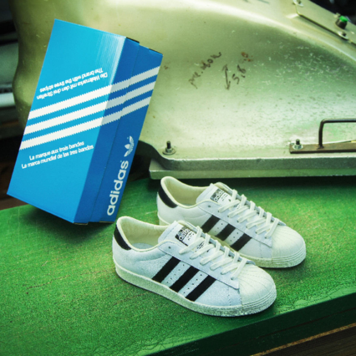 adidas-consortium-superstar-made-in-france-03