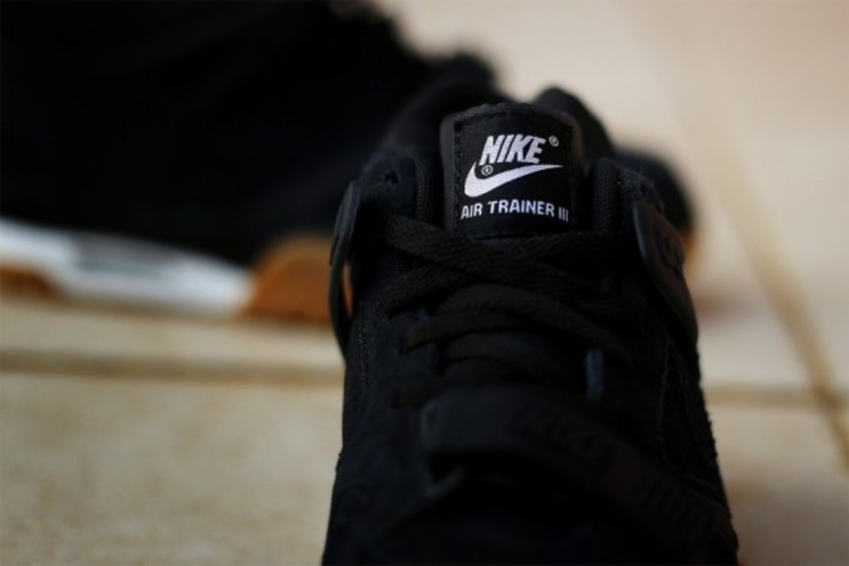 nike-air-trainer-3-gum-pack-08