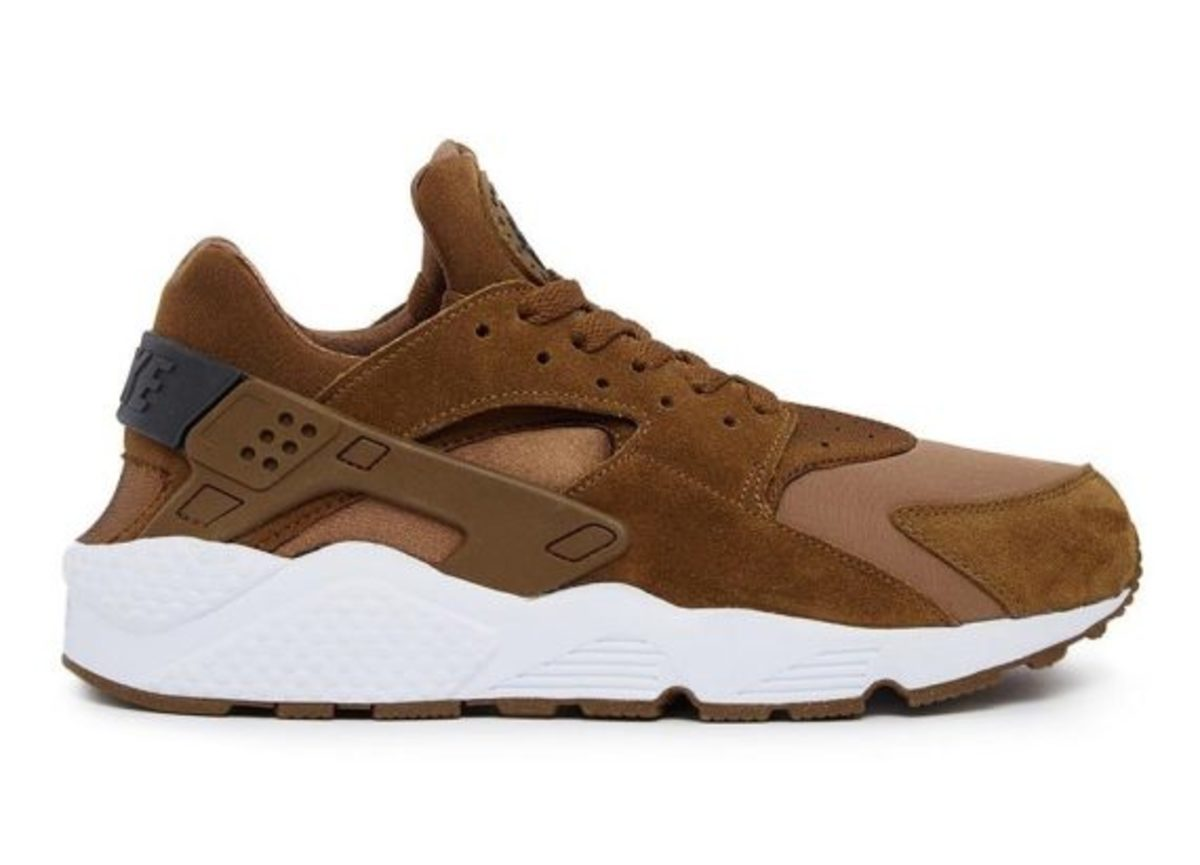 12-days-freshness-nike-air-huarache-01
