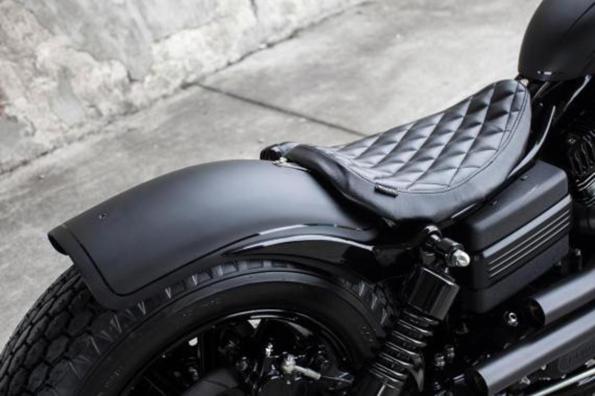 harley-davidson-2009-fat-bob-dyna-guerilla-by-rough-crafts-14