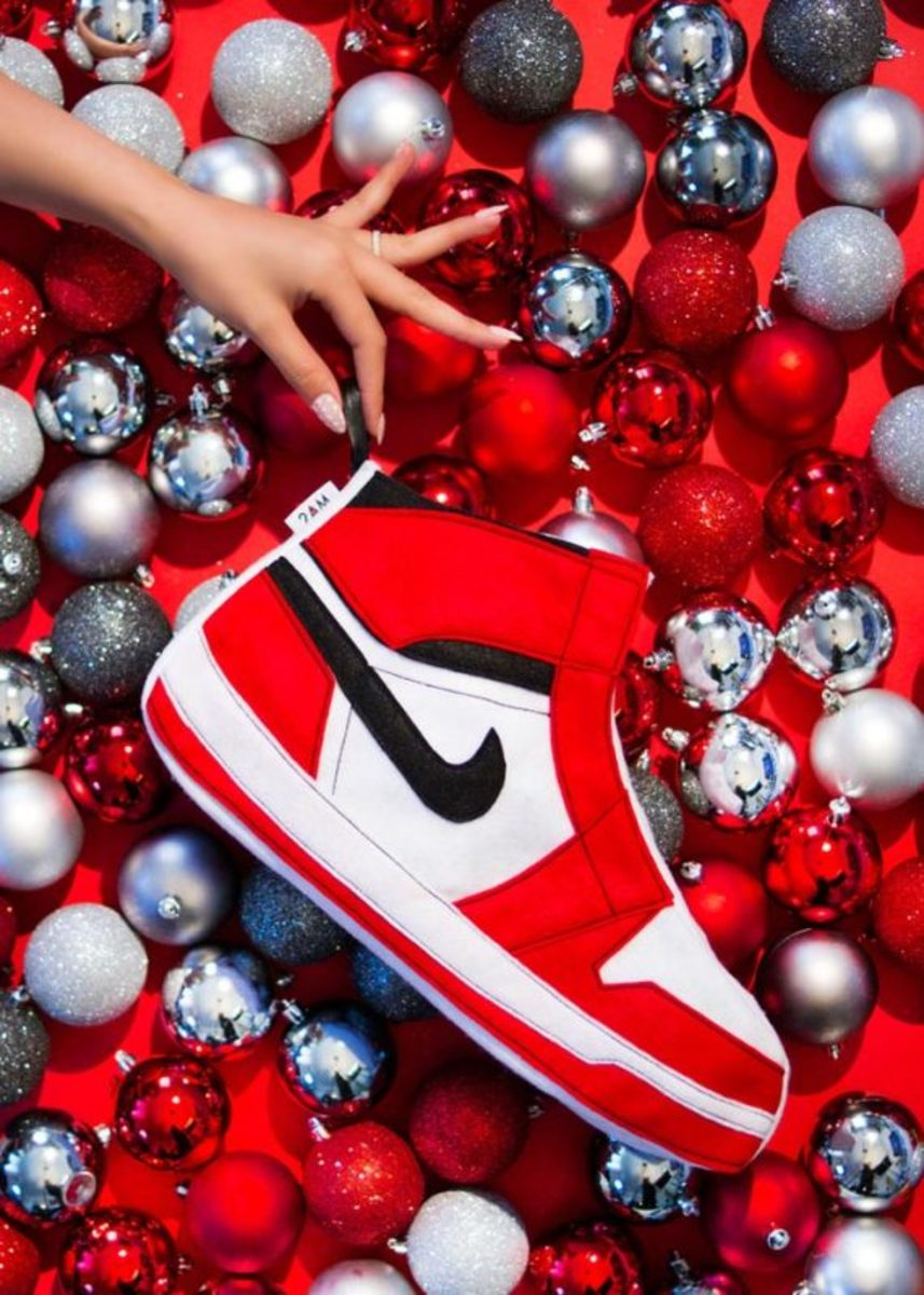 air-jordan-inspired-christmas-stockings-2am-projects-02