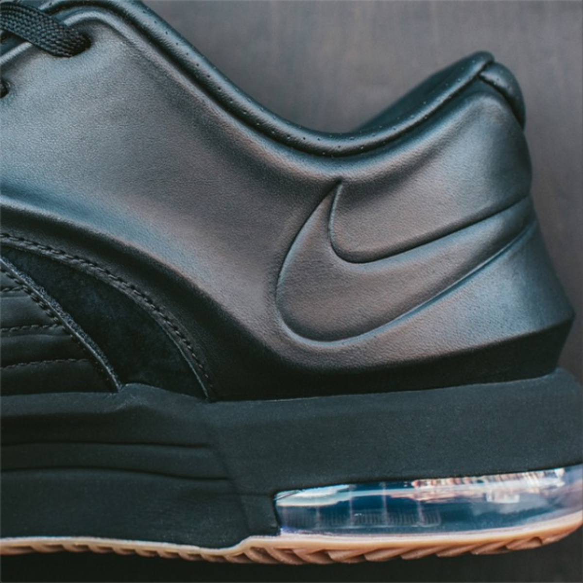 nike-kd-7-ext-black-suede-03