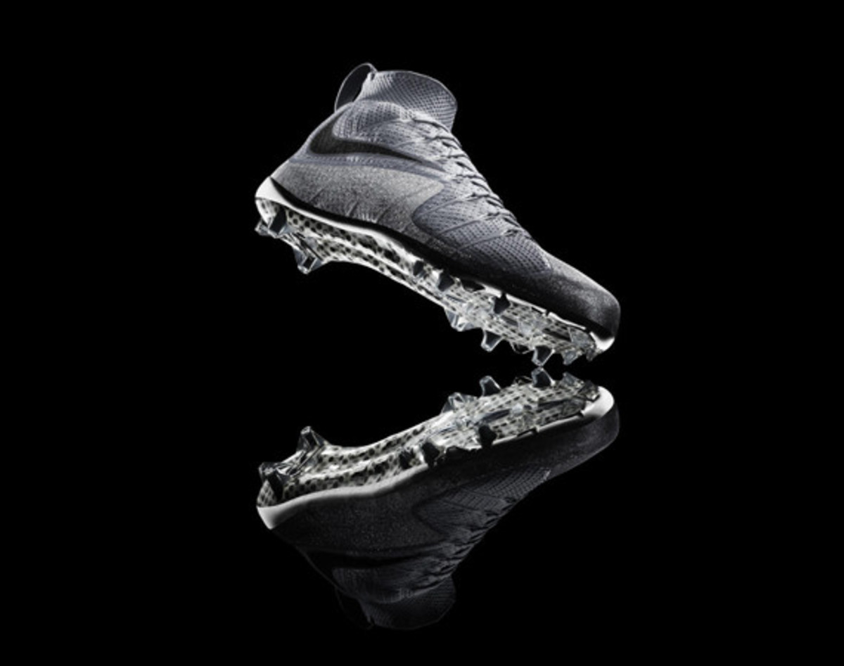 nike-vapor-untouchable-cleat-01