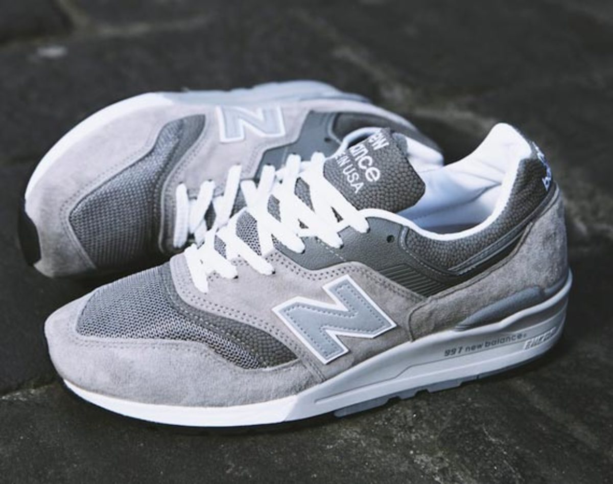 new-balance-m997gy-made-in-usa-up-there-00