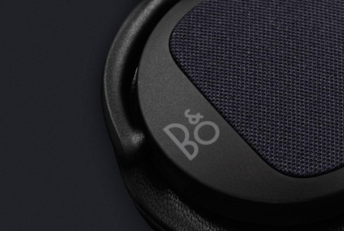 bang-and-olufsen-beoplay-h2-06