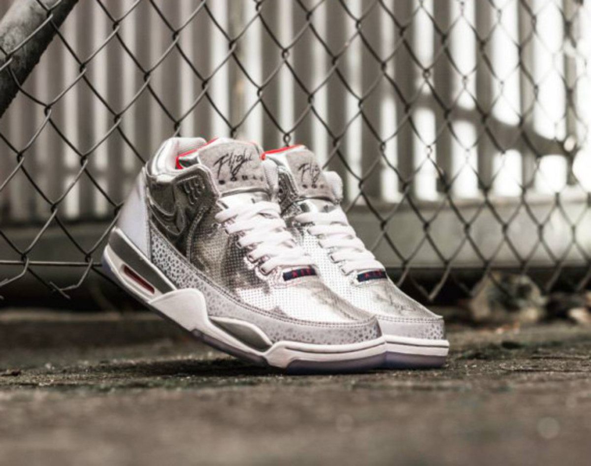 nike-air-flight-squad-qs-december-2014-releases-12