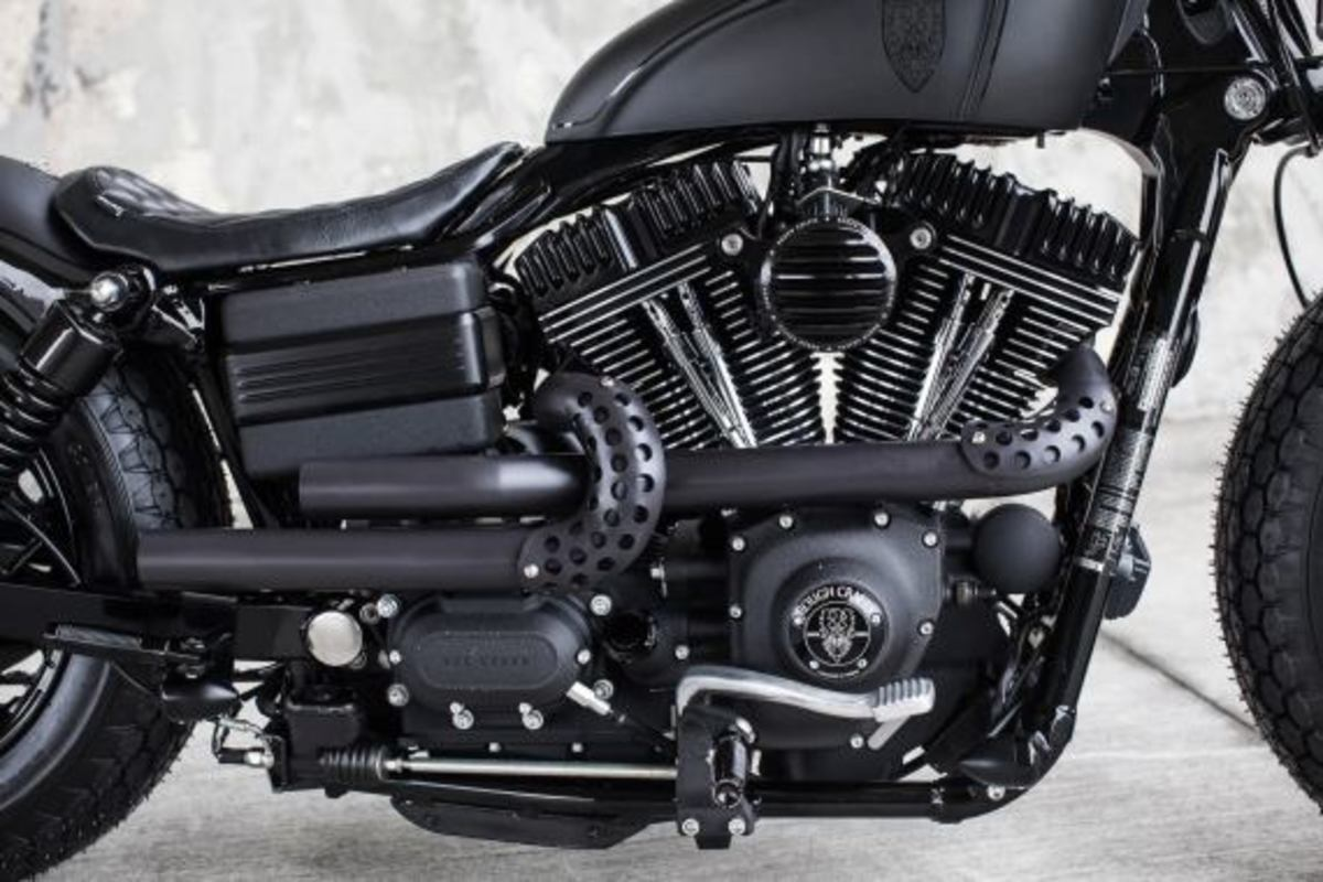 harley-davidson-2009-fat-bob-dyna-guerilla-by-rough-crafts-04