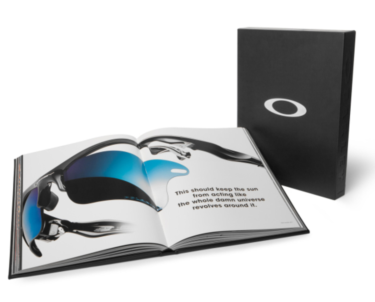 oakley-book-celebrating-40-years-of-design-and-innovation-02