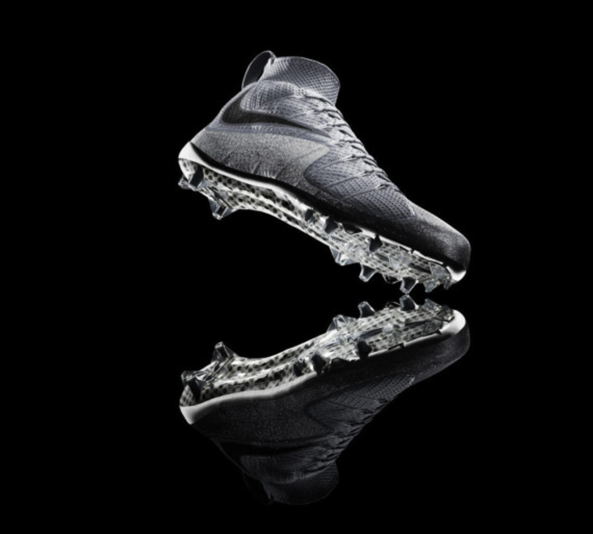 nike-vapor-untouchable-cleat-09