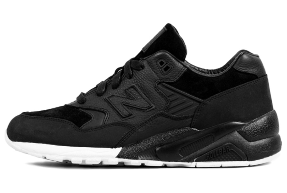 wings-and-horns-new-balance-580-closer-look-08
