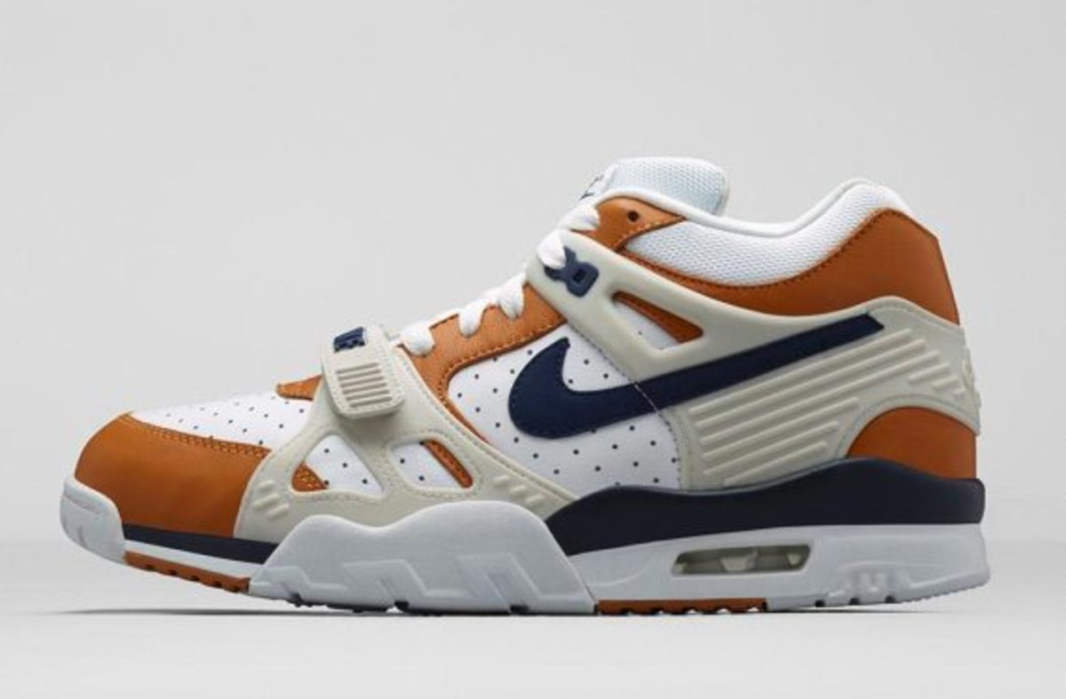 nike-air-trainer-medicine-ball-collection-nikestore-release-02
