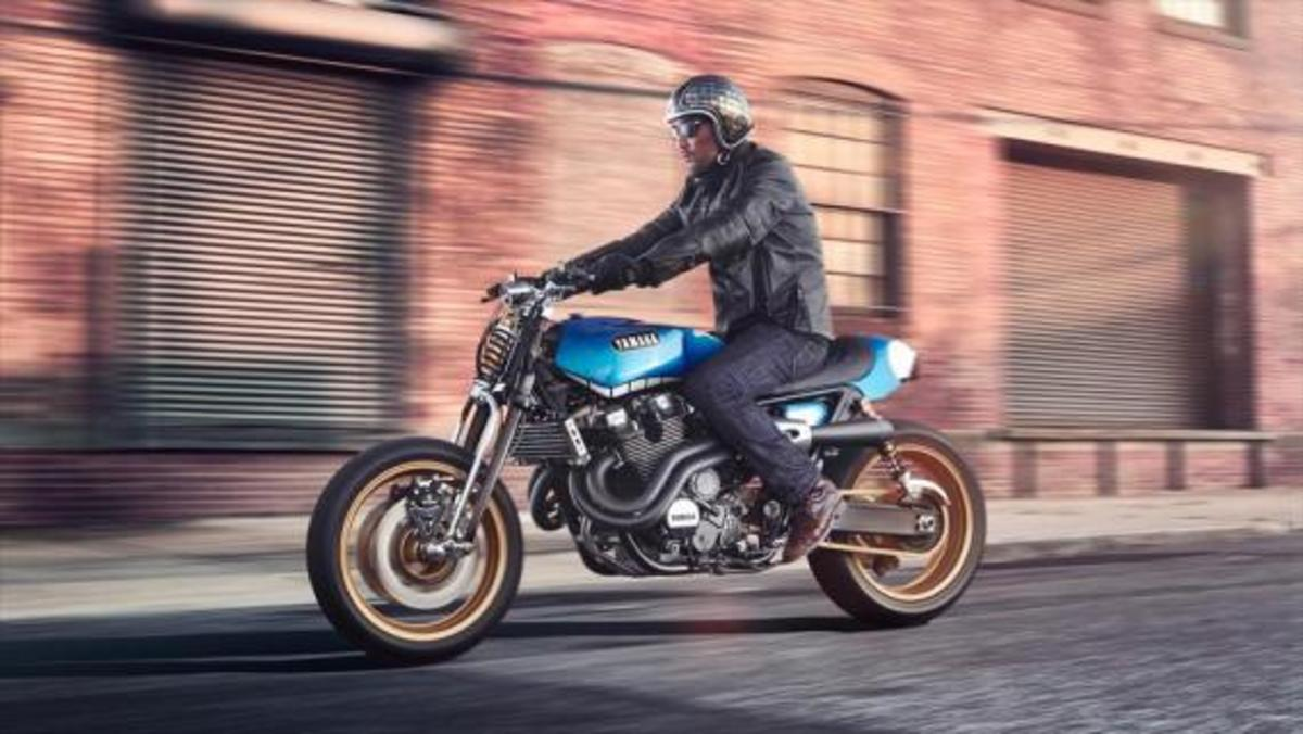 yamaha-yard-built-xjr1300-rhapsody-in-blue-02