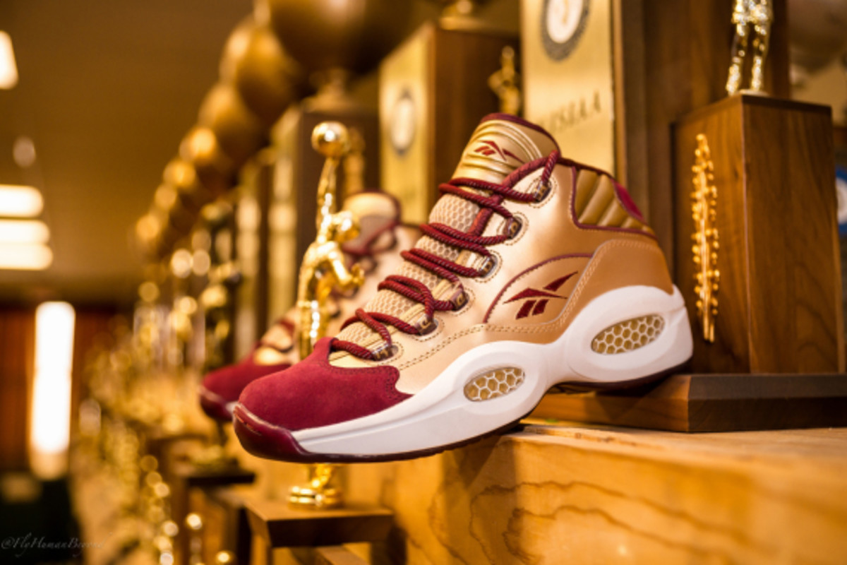 packer-shoes-reebok-question-mid-saint-anthony-pe-06