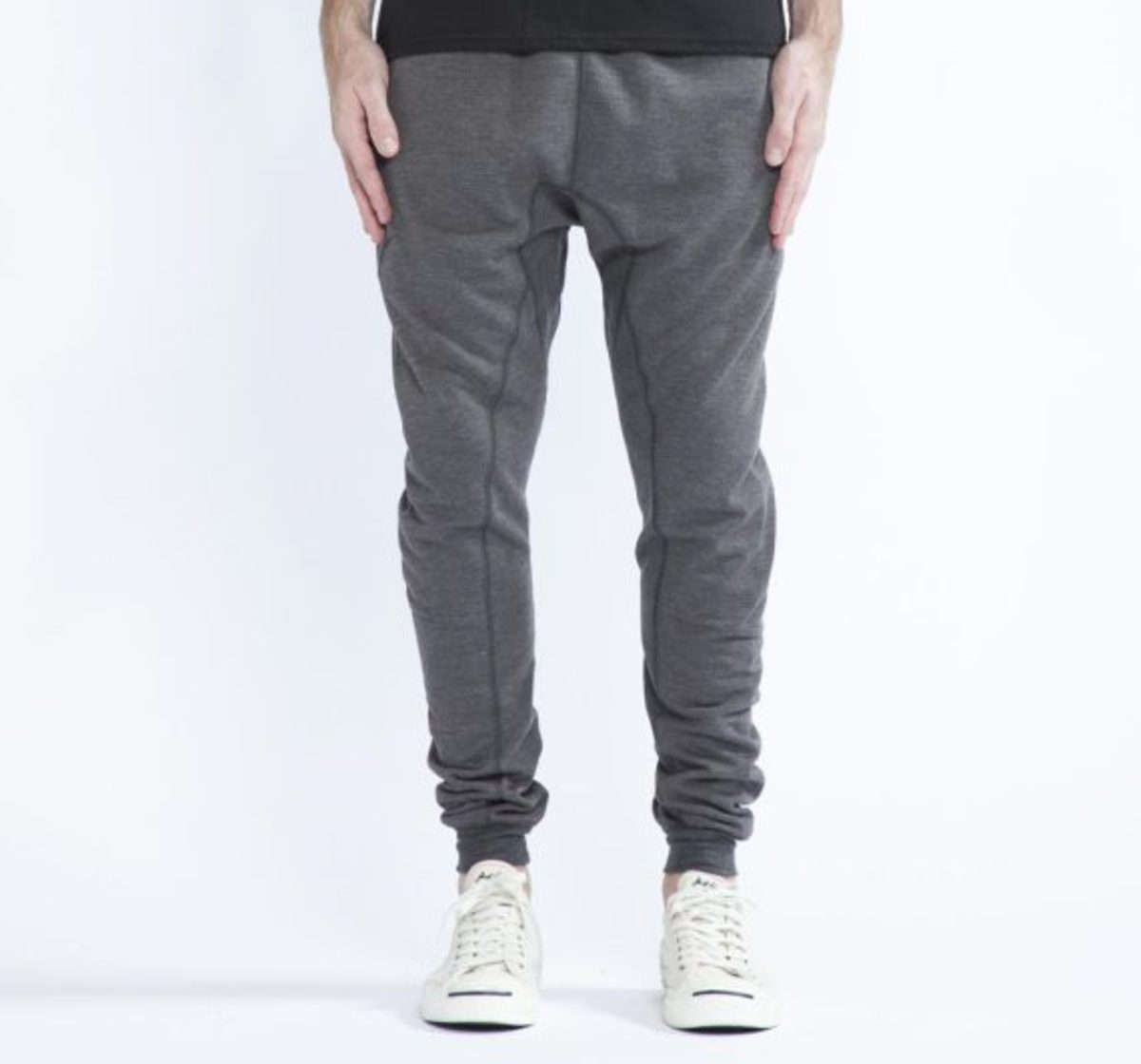 12-days-freshness-publish-brand-joggers-fleece-collection-01