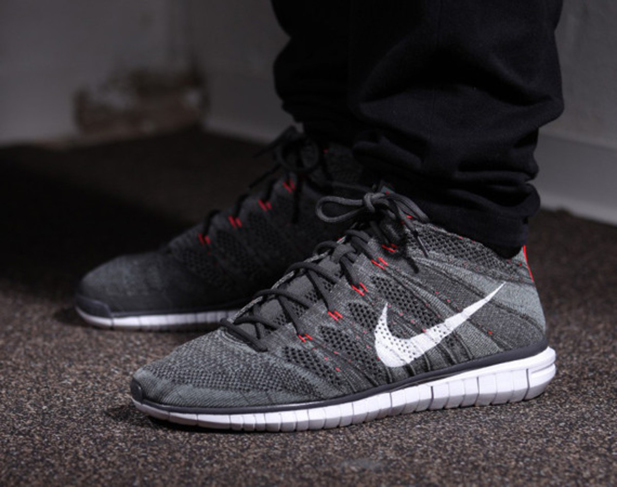 Greyscale hits the latest Nike Free 4.0 Flyknit