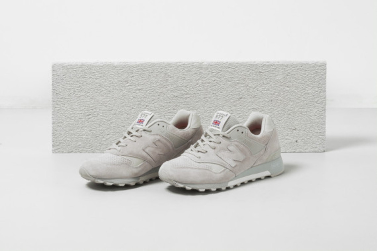 new-balance-flying-the-flag-collection-06