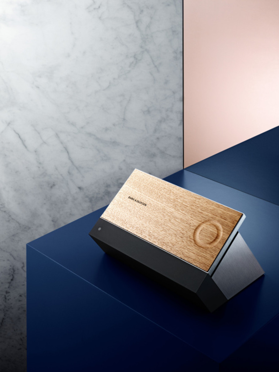 bang-and-olufsen-besound-moment-04