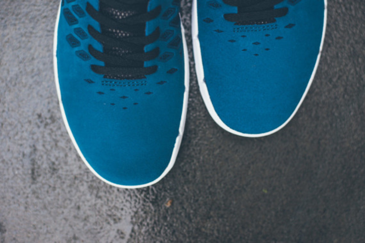 nike-free-sb-blue-force-07