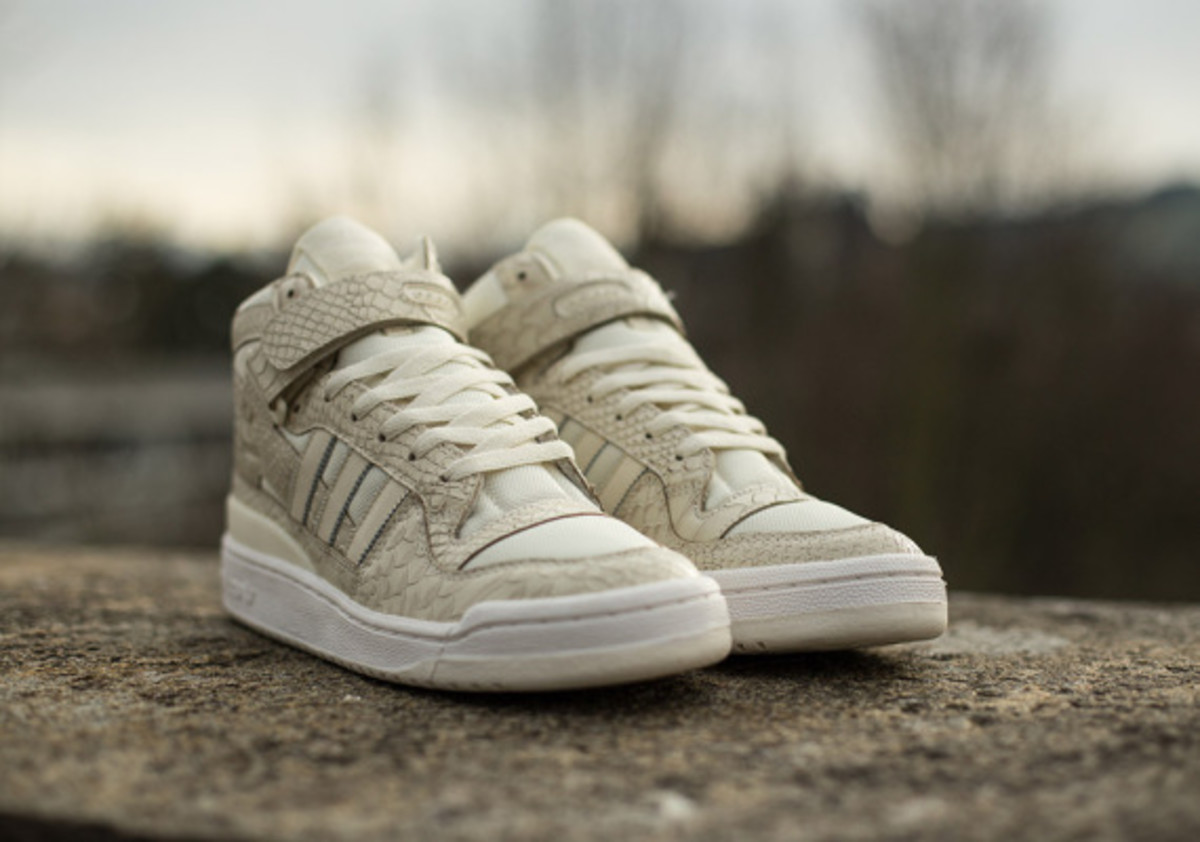 adidas-originals-forum-mid-rs-reptile-pack-white-04