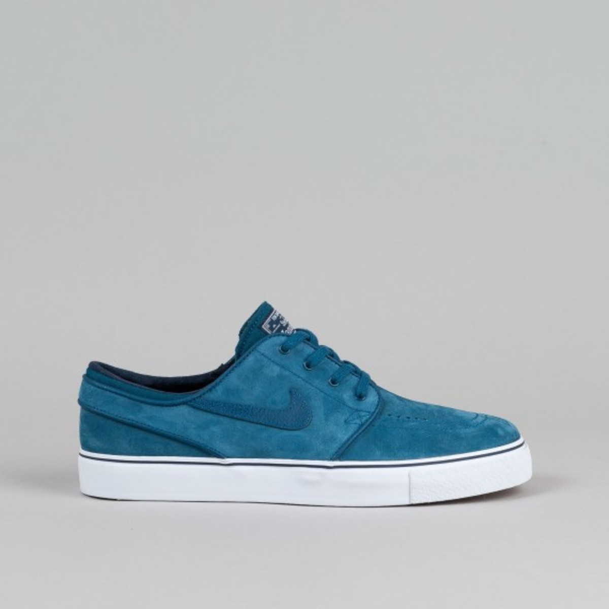 nike-sb-stefan-janoski-blue-force-01