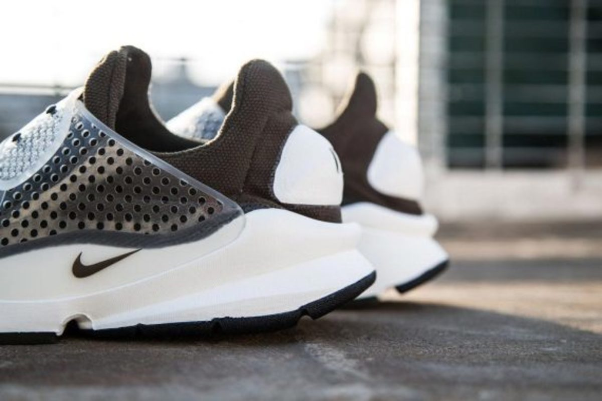 fragment-design-nike-sock-dart-another-look-03