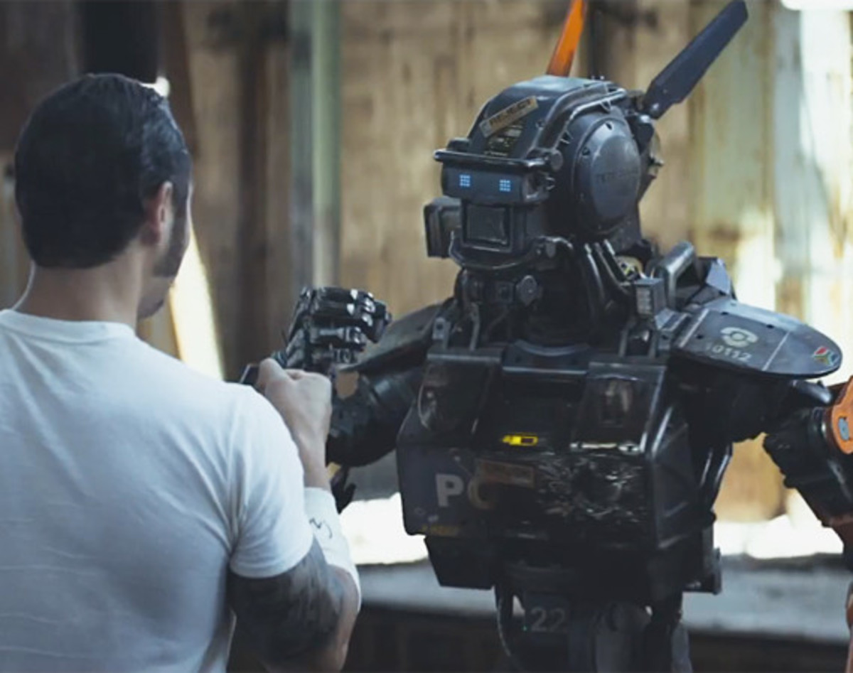 chappie-official-trailer