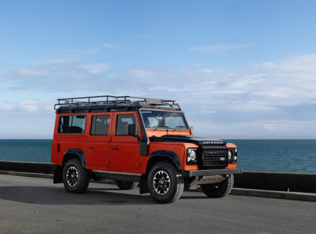 land-rover-limited-edition-defenders-07