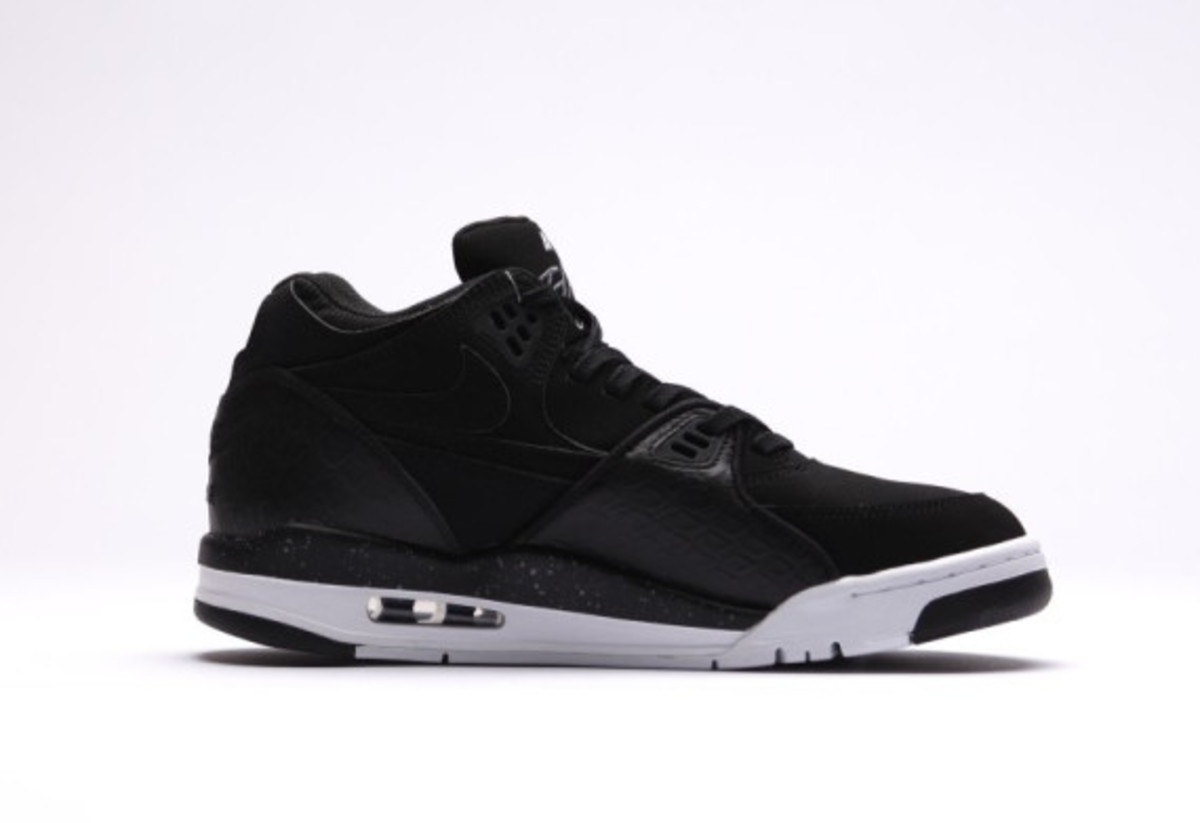 nike-air-flight-89-black-reptile-04