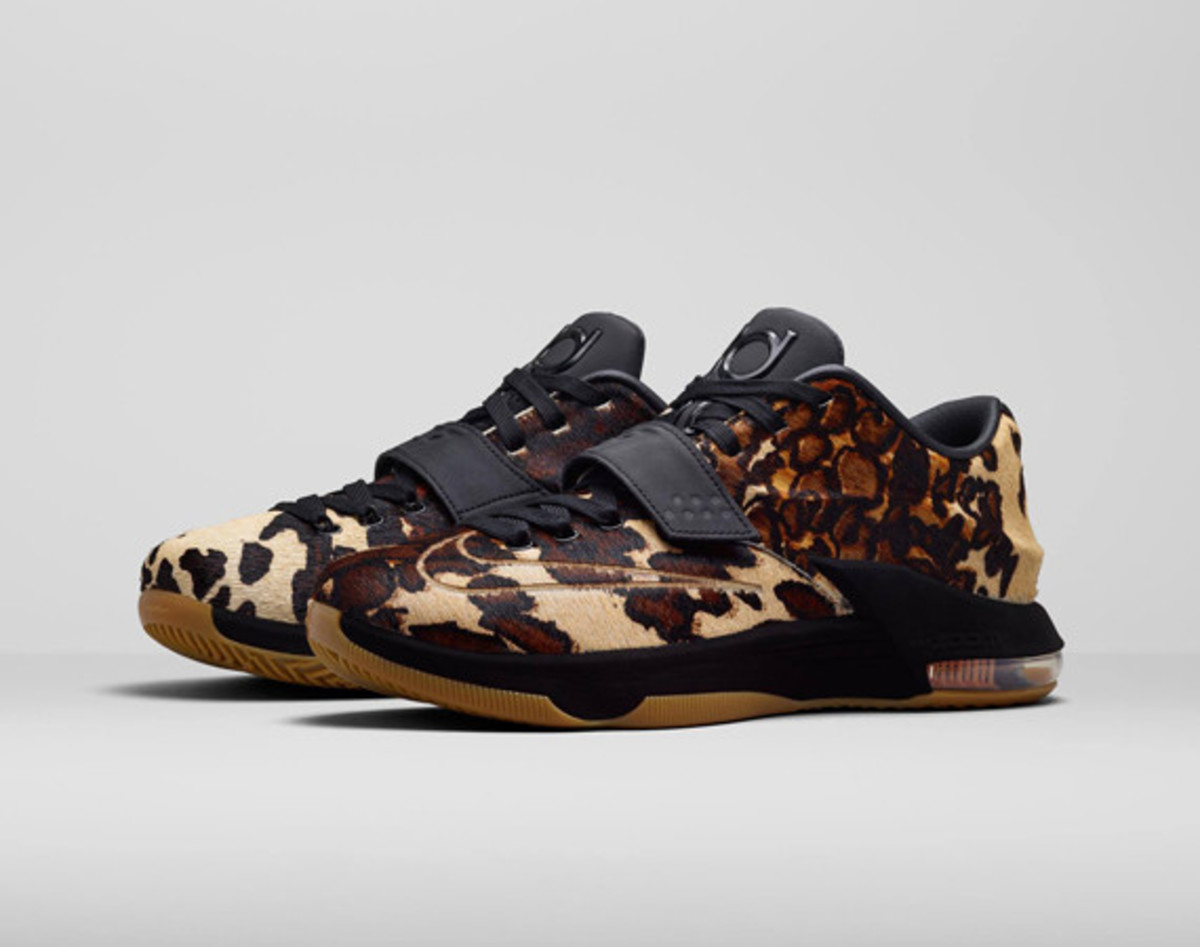 nike-kd-7-lifestyle-longhorn-state-01