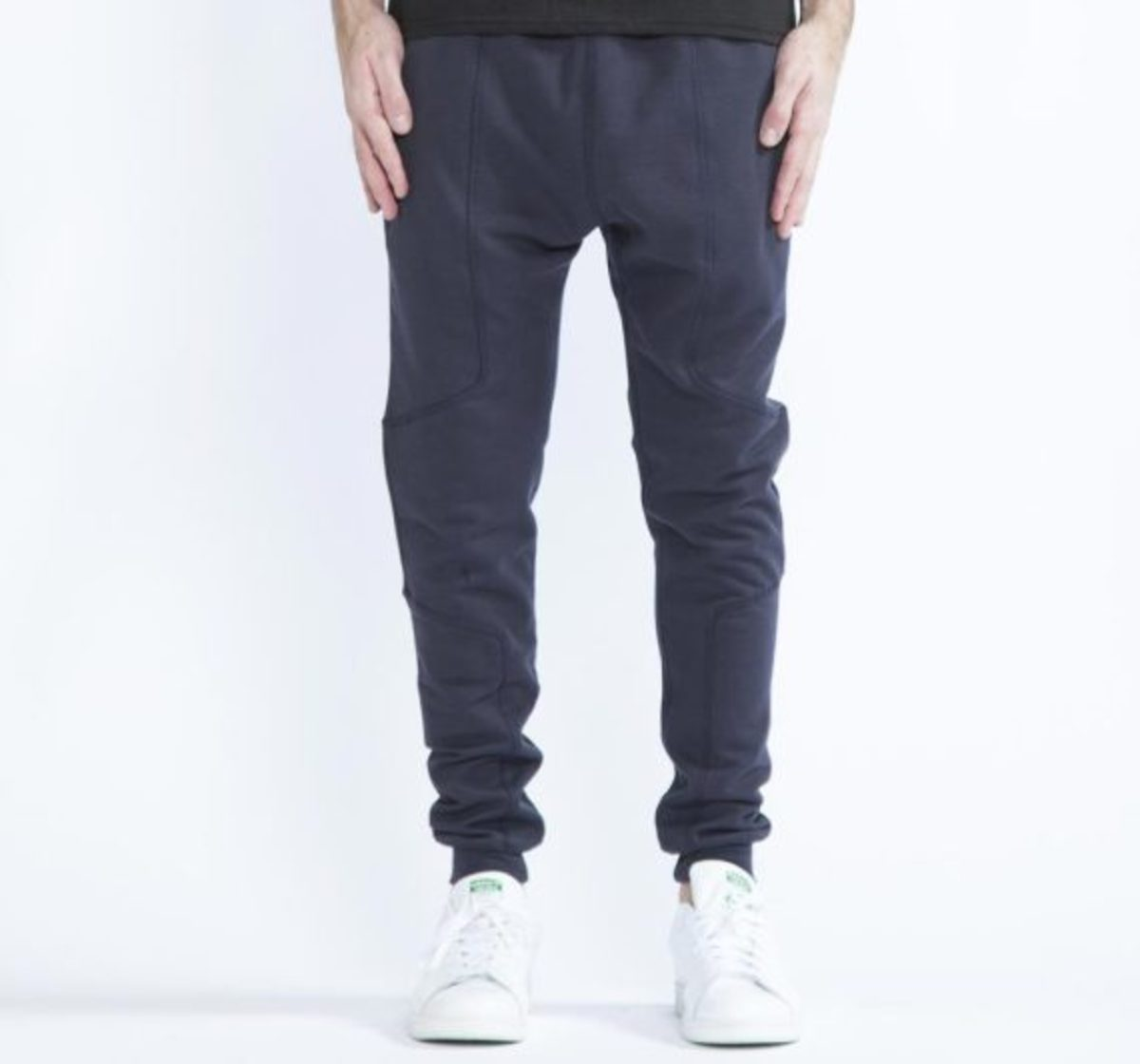 12-days-freshness-publish-brand-joggers-fleece-collection-05