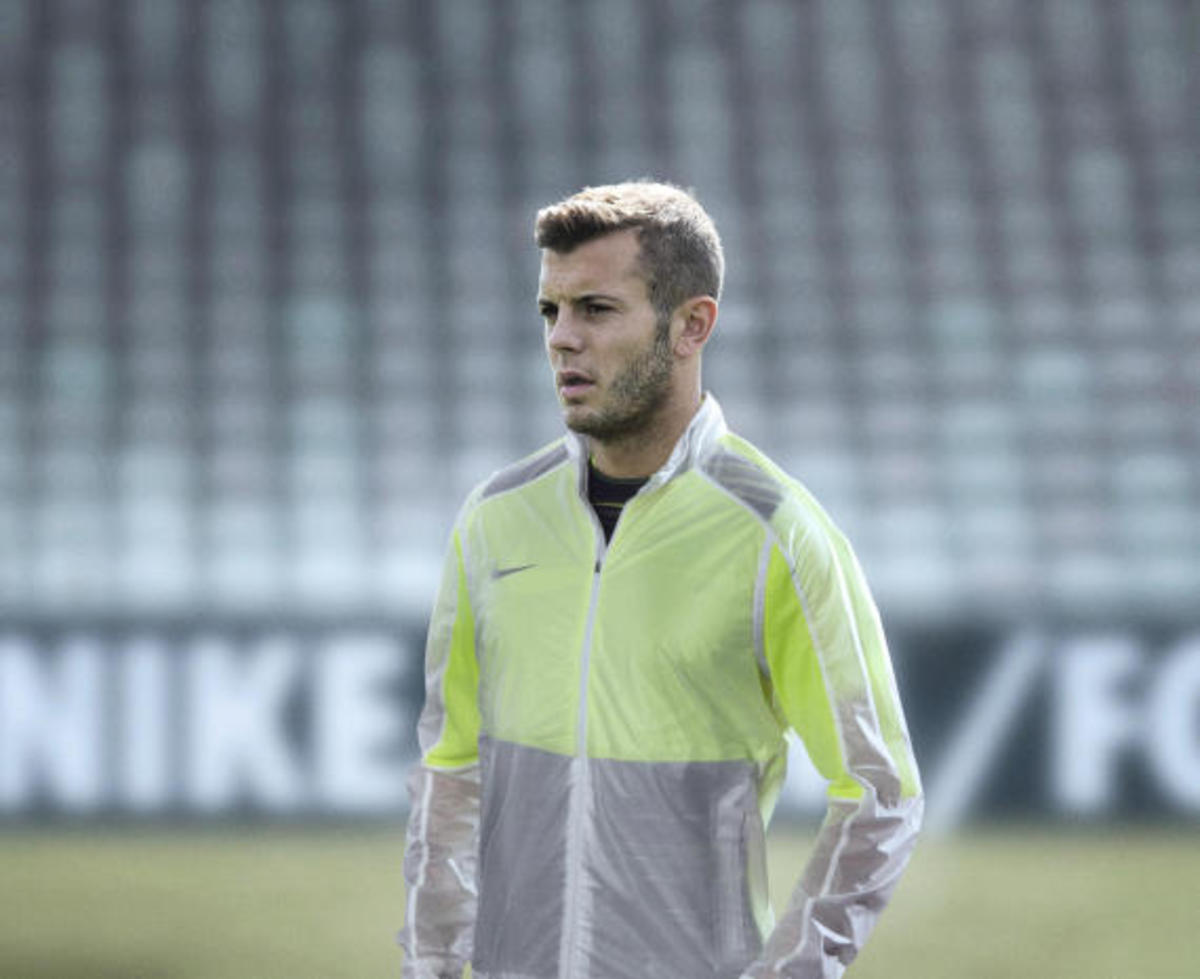 nike-revolution-training-jacket-07