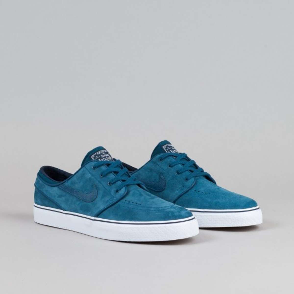 nike-sb-stefan-janoski-blue-force-02