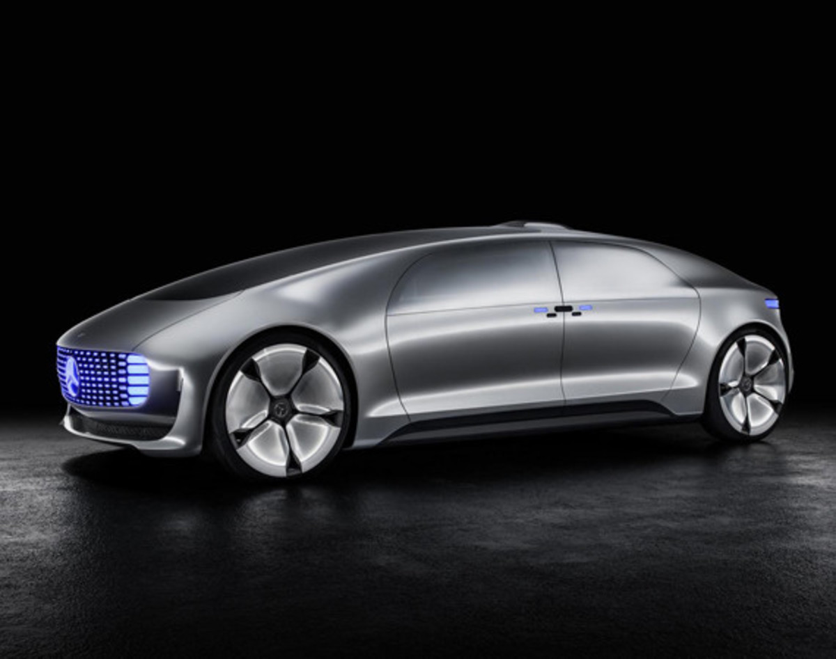 mercedes-benz-f-015-luxury-in-motion-concept-01