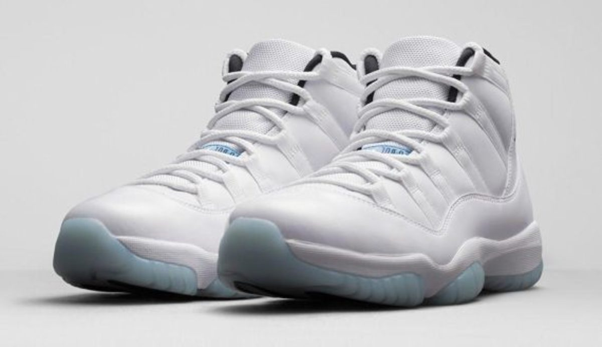 12-days-freshness-air-jordan-11-legend-blue-01
