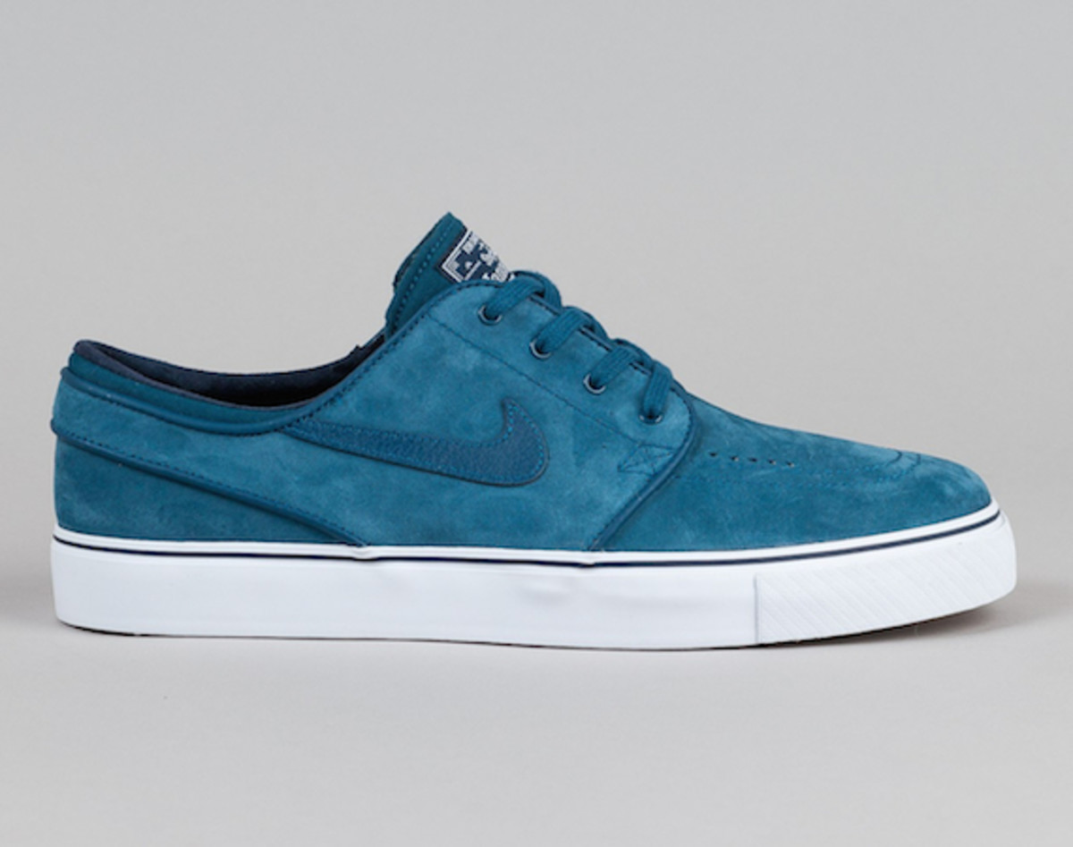 nike-sb-stefan-janoski-blue-force-00