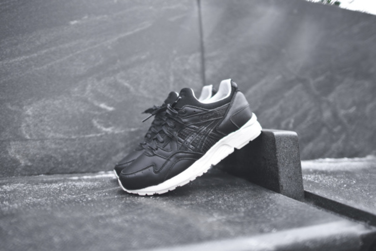 kith-asics-gel-lyte-v-and-gt-2-grand-opening-02