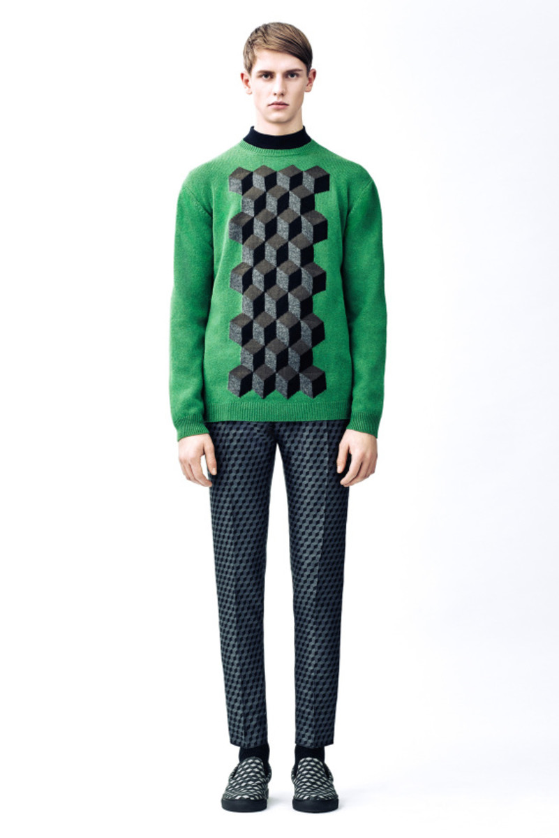 christopher-kane-fall-winter-2015-collection-11