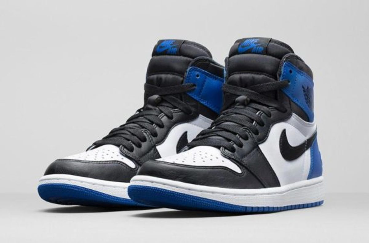 12-days-freshness-fragment-air-jordan-1-04