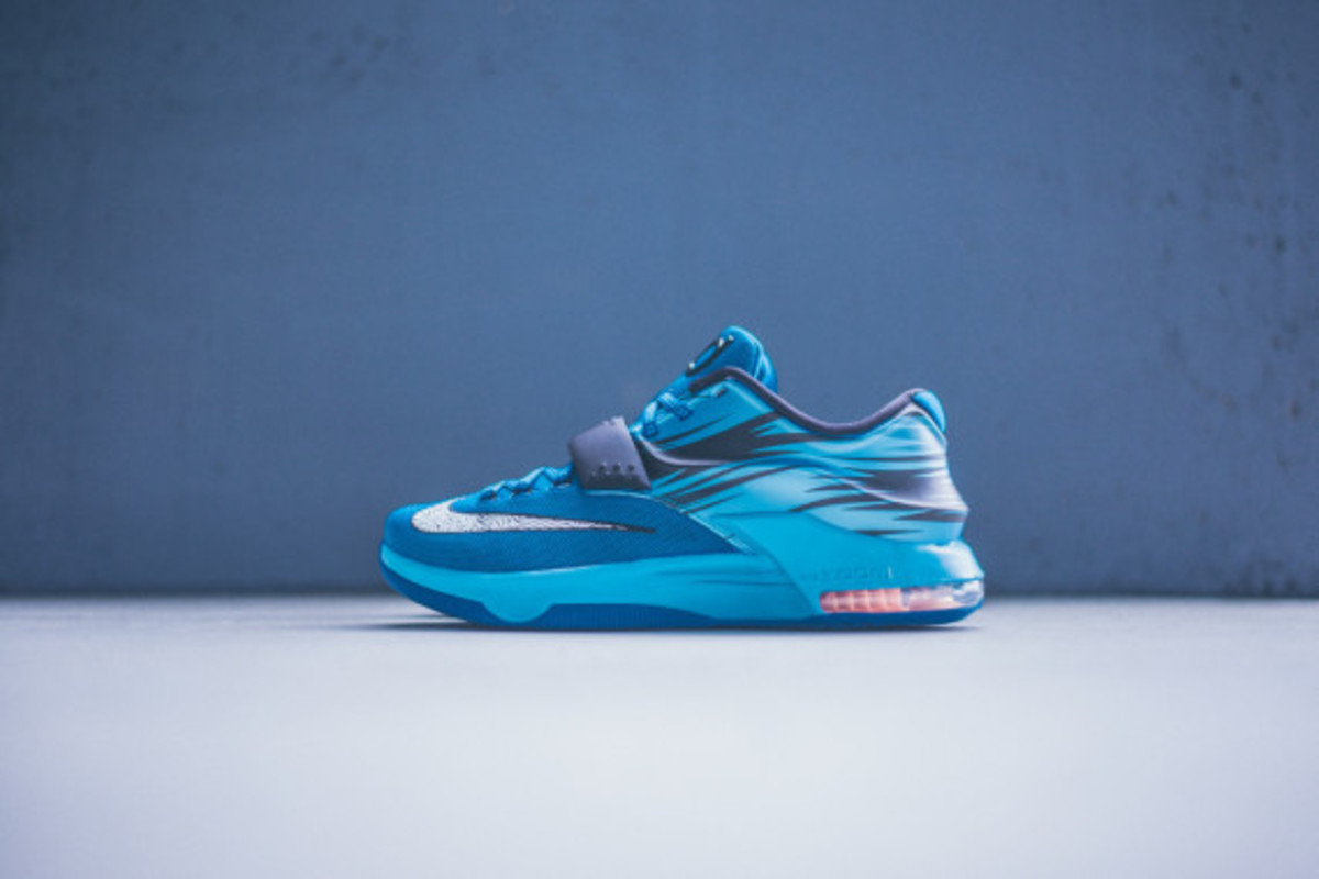 nike-kd-7-lacquer-blue-06