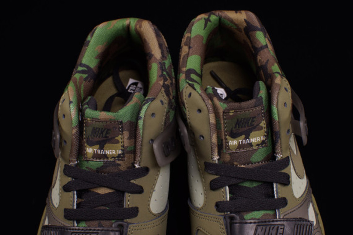 nike-air-trainer-3-camo-olive-03